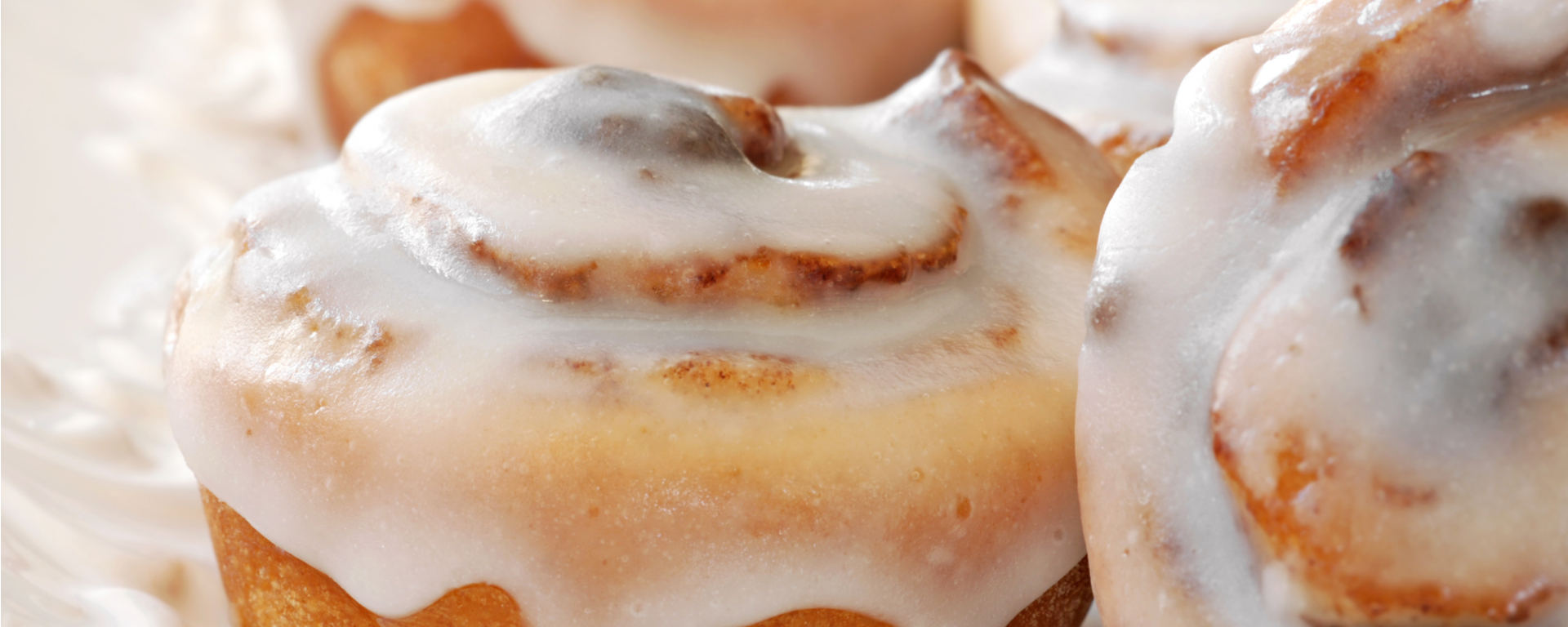 Photo for - Heritage Triple Butter Sticky Cinnamon Buns